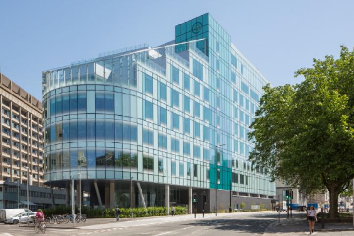 Clatterbridge Cancer Centre Exterior - photo credit Paul Karalius