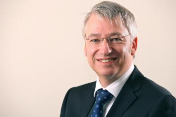 Photo of Steve Warburton - chief executive of Liverpool University Hospitals NHS Foundation Trust